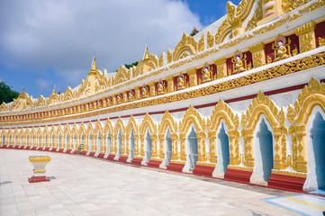 U min Thonze pagoda, Sagaing, Myanmar
