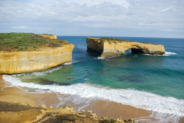 Shipwreck coast arch_