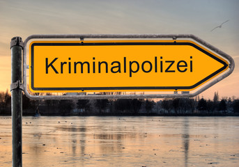 Strassenschild 9 - Kriminalpolizei