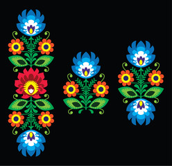 Folk embroidery with flowers - Polish pattern Wzory Lowickie