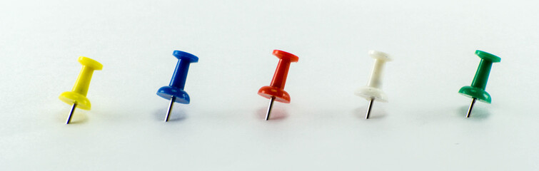 Colored Thumbtacks to remember things to do