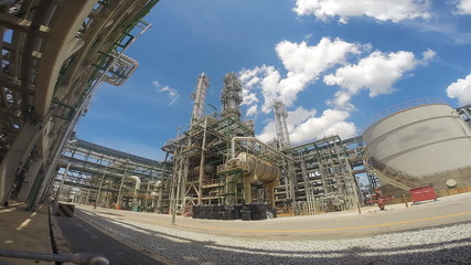 Refining oil and chemical factory with blue sky , Time lapse HD
