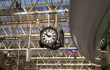 London Waterloo train station, departure Hall, travellers