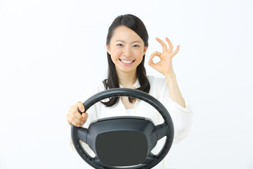 ドライブ・若い女性