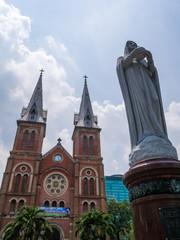 ベトナム サイゴン大聖堂