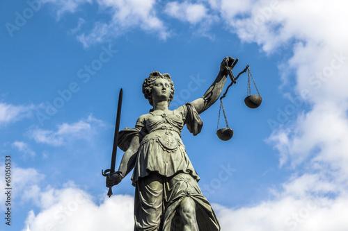 Leinwanddruck Bild Justitia, a monument in Frankfurt, Germany