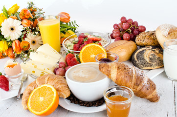 Good Morning: start with a delicious breakfast :)