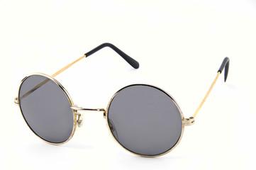 Circle lens sunglasses