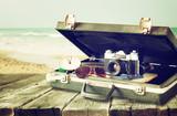 Stary aparat fotograficzny - 65060944