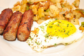 Eggs, Sausage and Hashbrowns for a Delicious Breakfast