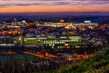 Rems-Murr-Klinikum Winnenden bei Nacht
