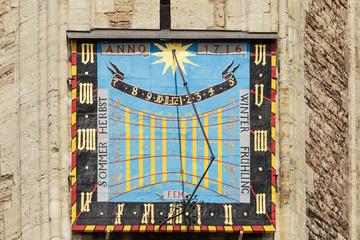 Sonnenuhr am Braunschweiger Dom