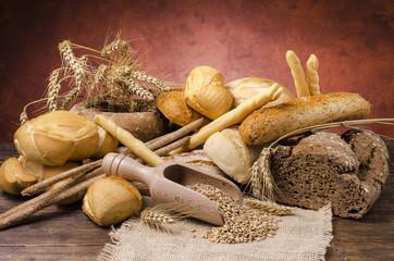 assortimento di pane rustico
