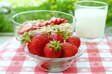 strawberries and cereals