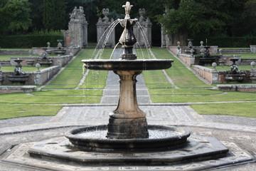 fontana- palazzo farnese