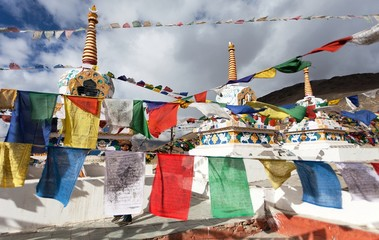 Prayer flags with stupas - Kunzum La pass -  India