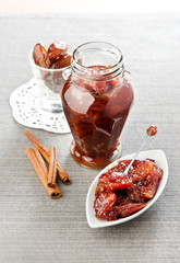 date chutney with cinnamon