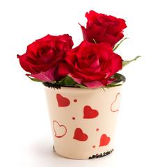 Rosen im Herzchentöpfchen