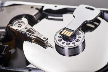 Harddisk und USB-Stick