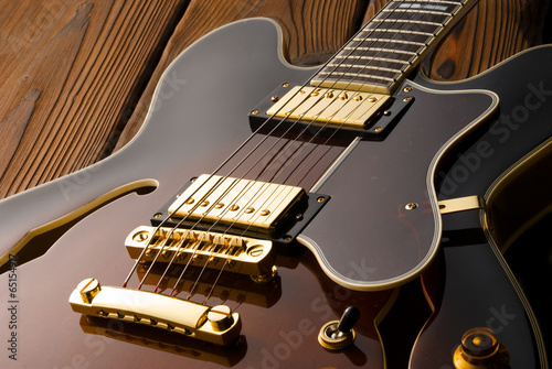 blues electric guitar - 65154917
