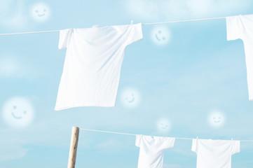 スマイル Tシャツ 白いTシャツ