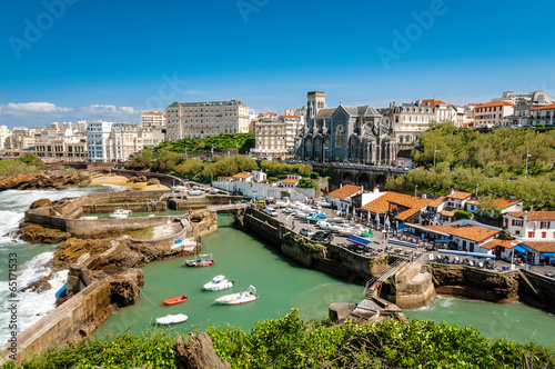 Papiers peints Ville sur l eau Church and arbor of Biarritz