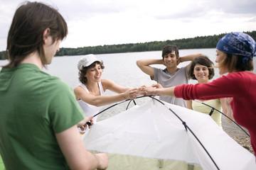 Deutschland,Leipzig,Ammelshainer See,Freunde der Einrichtung Zelt