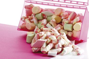 Marshmallows in Kunststoff-Box