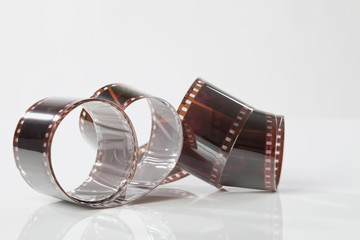Strips von farbigen Negativfilm
