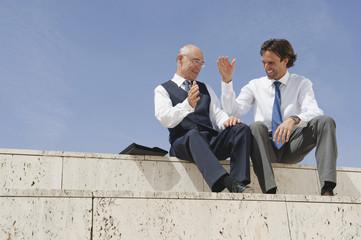 Spanien,Mallorca,Businessmen Händeschütteln auf ein Geschäft