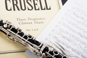 clarinet score and instrument