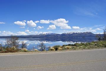 Camino a Villa Pehuenia, Neuquén, Patagonia