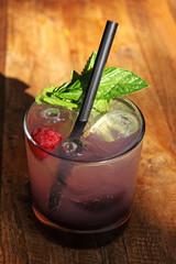 soju cocktail mit himbeere