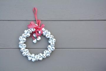 Weihnachtskranz aus Glöckchen