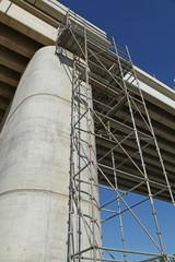 chantier de construction d'un pont