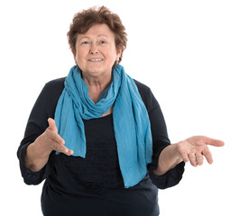Portrait einer Rentnerin isoliert - ältere Frau