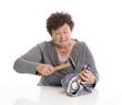 Großmutter isoliert - knappe Rente - Konzept Geld