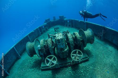Diver and Shipwreck 2 - 65239136