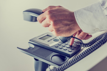 Dialing a phone number