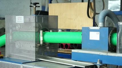 Производство пластиковых труб 2
