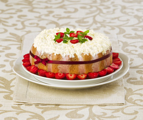 Summer fruit cake tiramisu