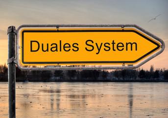 Strassenschild 9 - Duales System