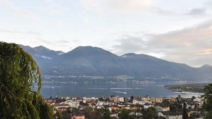 Minusio, Dorf, Abendstimmung, Lago Maggiore, Tessin, Schweiz