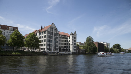 houses and palaces in Berlin