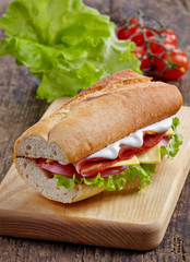 Sandwich with serrano ham and vegetables