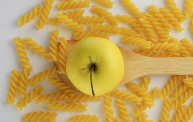 Apple and rotini pasta