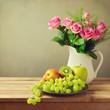 Obrazy na płótnie, fototapety, zdjęcia, fotoobrazy drukowane : Rose flowers and fruits on wooden table