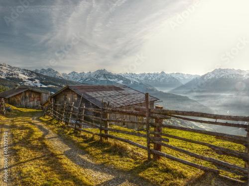 Almhütten mit Blick ins Tal in HDR © by paul