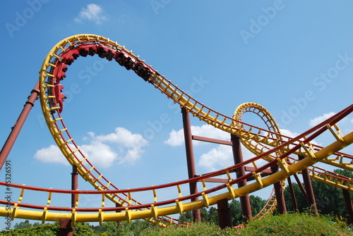 Papiers peints Attraction parc A roller coaster ride in France