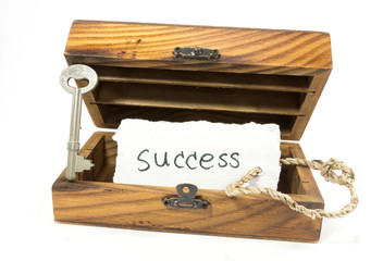 success tag in box